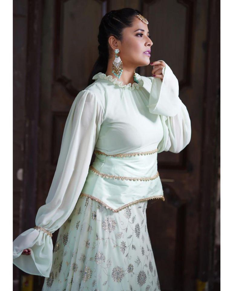 Anasuya Bharadwaj Wiki, Age, Biography, Movies, and Beautiful Photos 128
