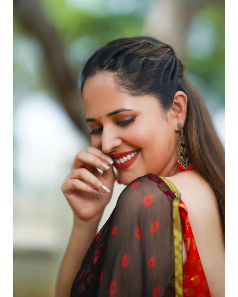 Anasuya Bharadwaj Wiki, Age, Biography, Movies, and Beautiful Photos 113