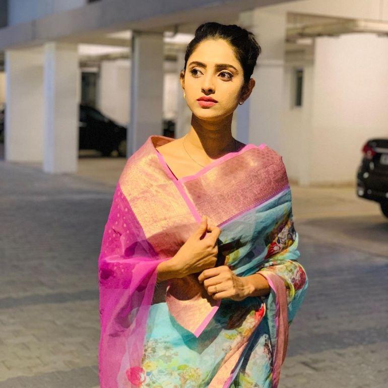 Ayesha ( Actress) Wiki, Age, Biography, Movies, and Beautiful Photos 136