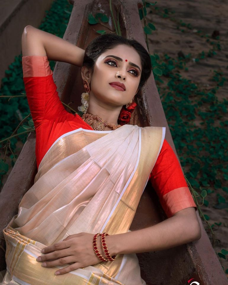 Ayesha ( Actress) Wiki, Age, Biography, Movies, and Beautiful Photos 125