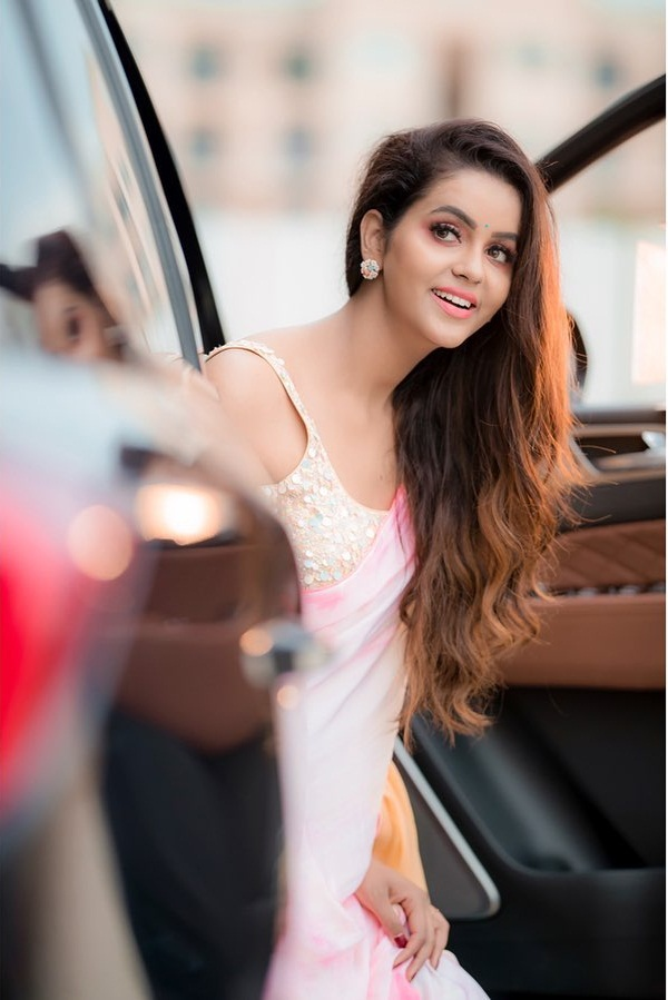 Chaitra Reddy Wiki, Age, Biography, Movies, and Beautiful Photos 108