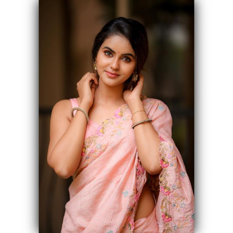 Chaitra Reddy Wiki, Age, Biography, Movies, and Beautiful Photos 127