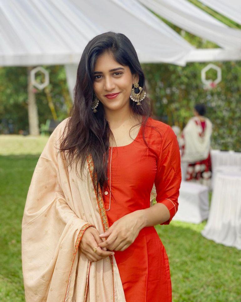 Chandini Chowdary Wiki, Age, Bio, Movies, Husband, Height, Web Series, and Beautiful Photos 127