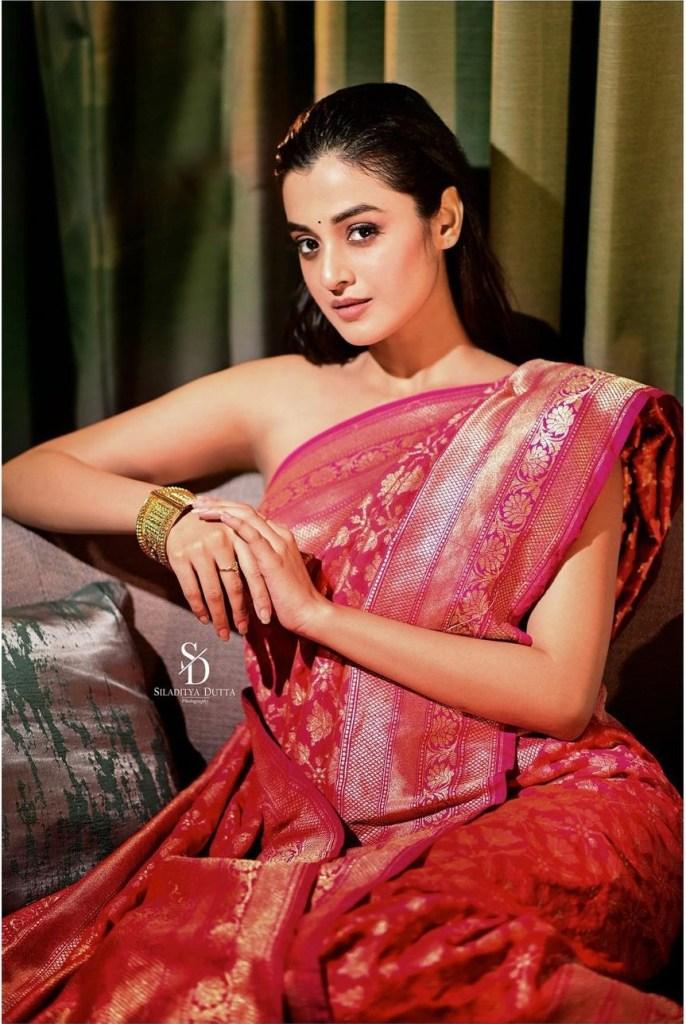 Darshana Banik Wiki/Biography and Beautiful Photos 115