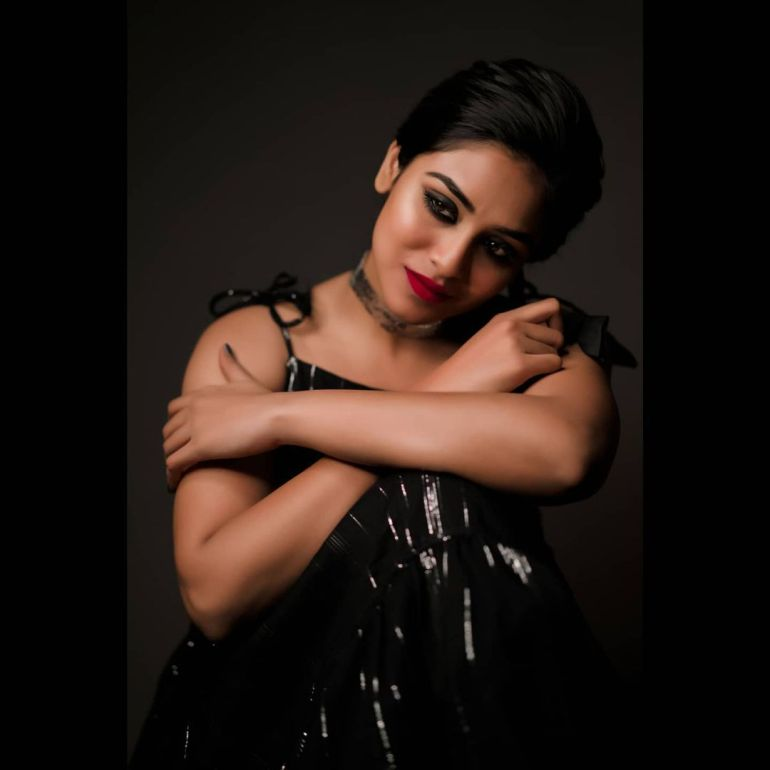 Indhuja Ravichandran Wiki, Age, Biography, Movies, and Beautiful Photos 115