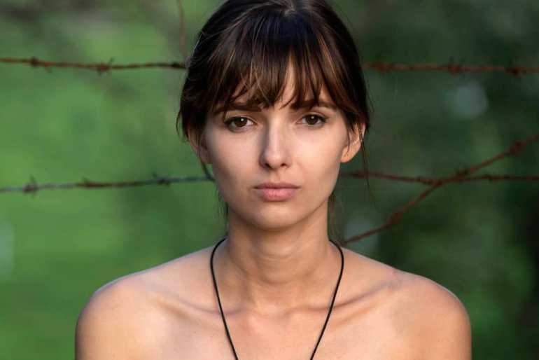 Joanna Robaczewska Wiki, Biography, Web Series, and Beautiful Photos 112
