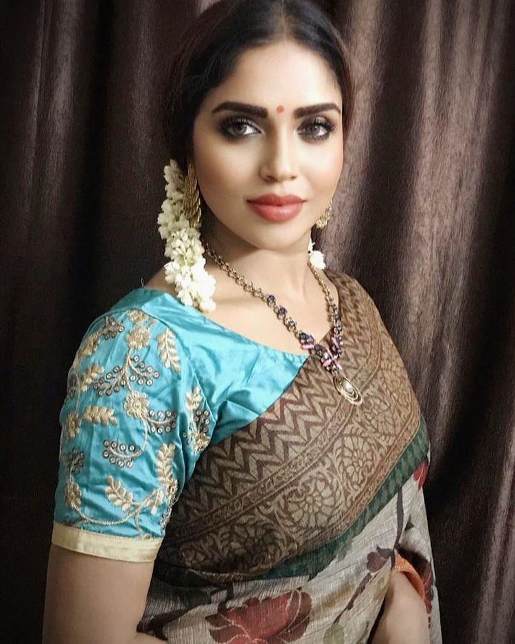 Karunya Chowdary Wiki, Age, Biography, Movies, and Beautiful Photos 108