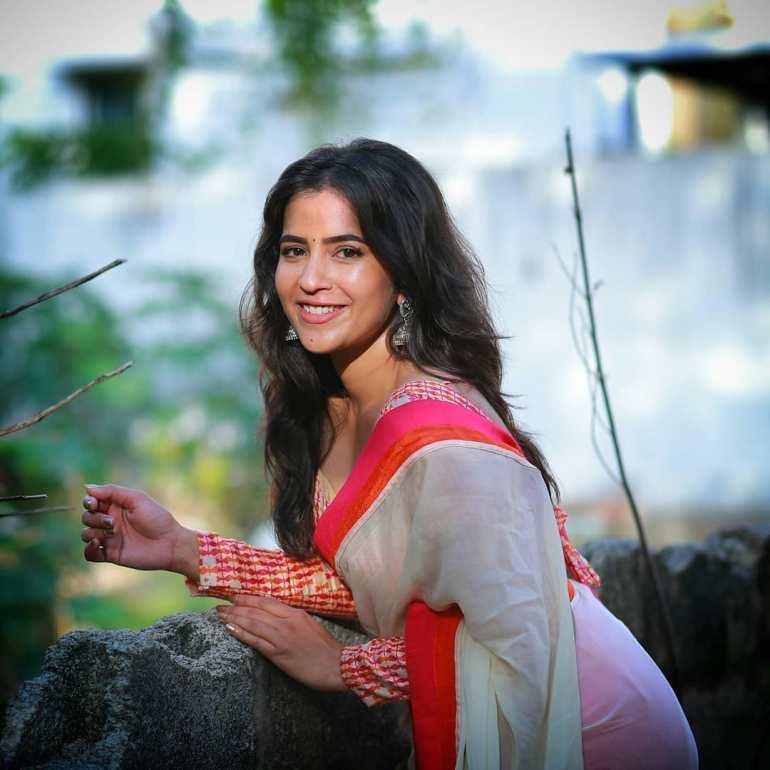 Komalee Prasad Wiki, Age, Biography, Movies, and Gorgeous Photos 110