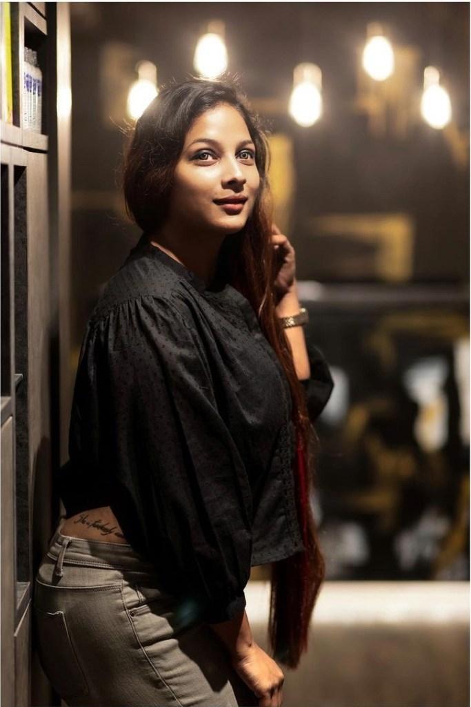 Bengali Model Pihu (Priyanka) Wiki, Age, Biography, Movies, and Beautiful Photos 104