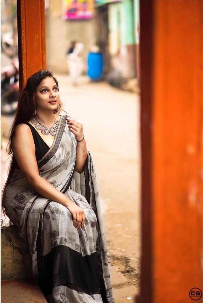 Bengali Model Pihu (Priyanka) Wiki, Age, Biography, Movies, and Beautiful Photos 106