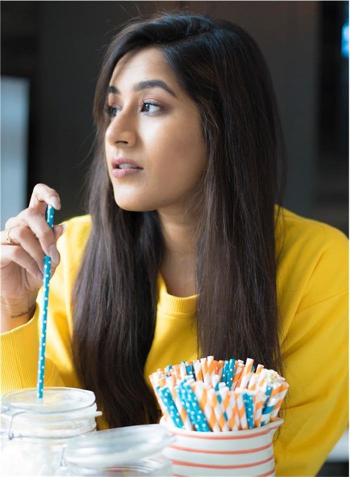 Poojitha Kuraparthi Wiki, Age, Bio, Movies, Husband, Height, and beautiful Photos 111