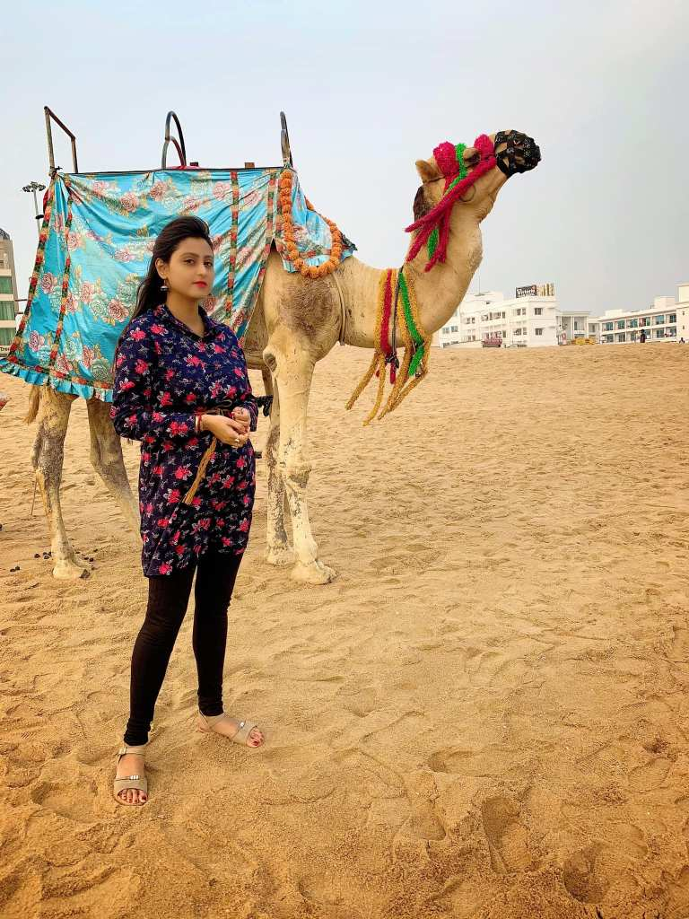 Bengali Model Priya Chakraborty Wiki, Age, Biography, Movies, and Beautiful Photos 135