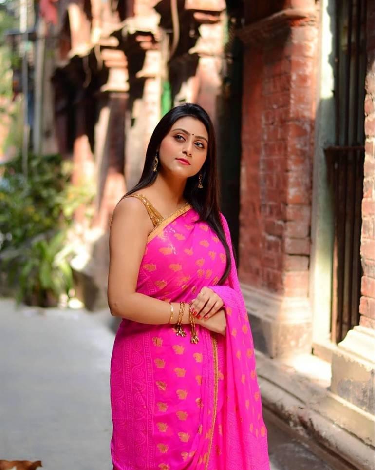 Bengali Model Priya Chakraborty Wiki, Age, Biography, Movies, and Beautiful Photos 128