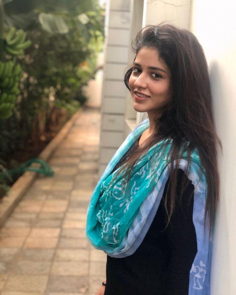 Priyanka Jawalkar Wiki, Age, Biography, Movies, and Stunning Photos 115