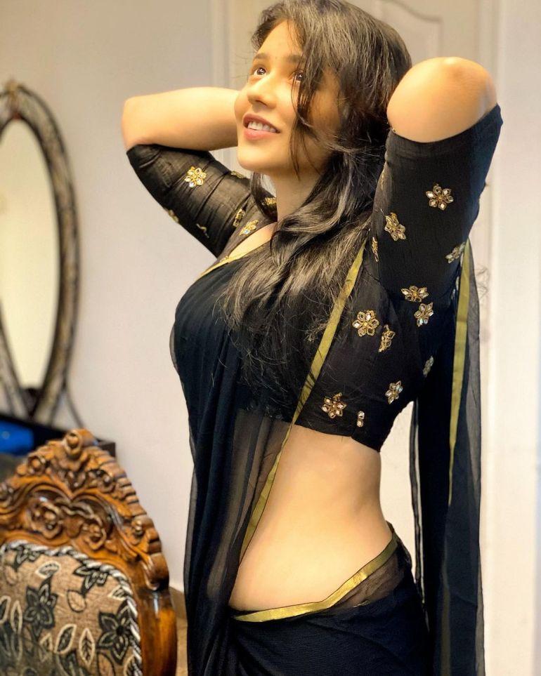 Priyanka Jawalkar Wiki, Age, Biography, Movies, and Stunning Photos 119