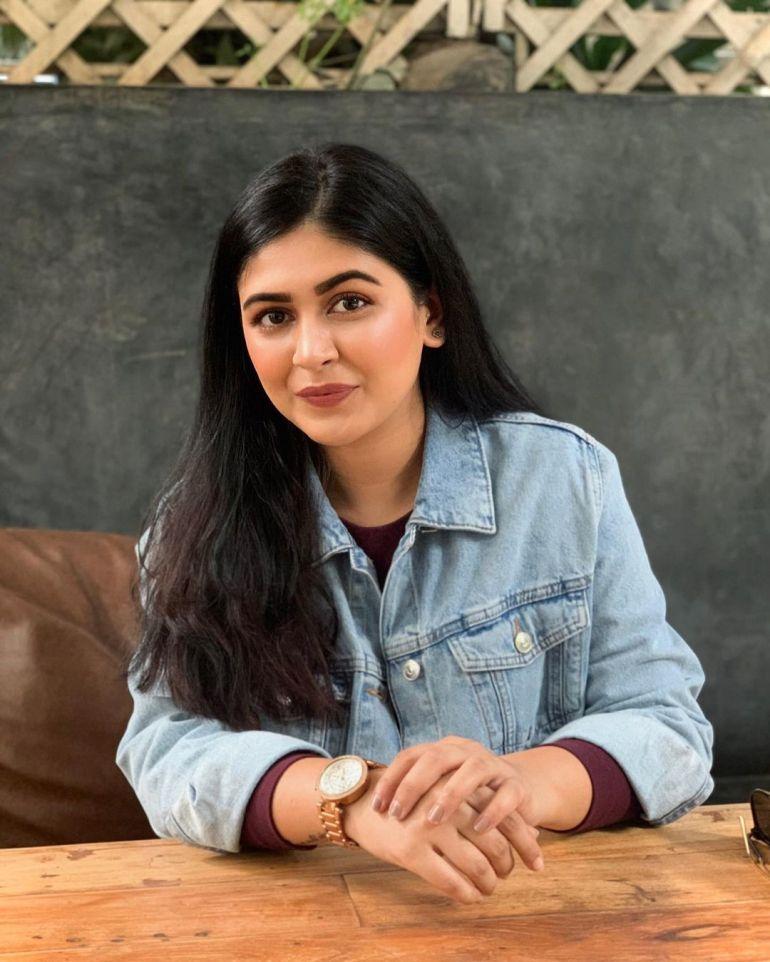 Raksha Somashekhar Wiki, Age, Biography, Movies, and Charming Photos 99