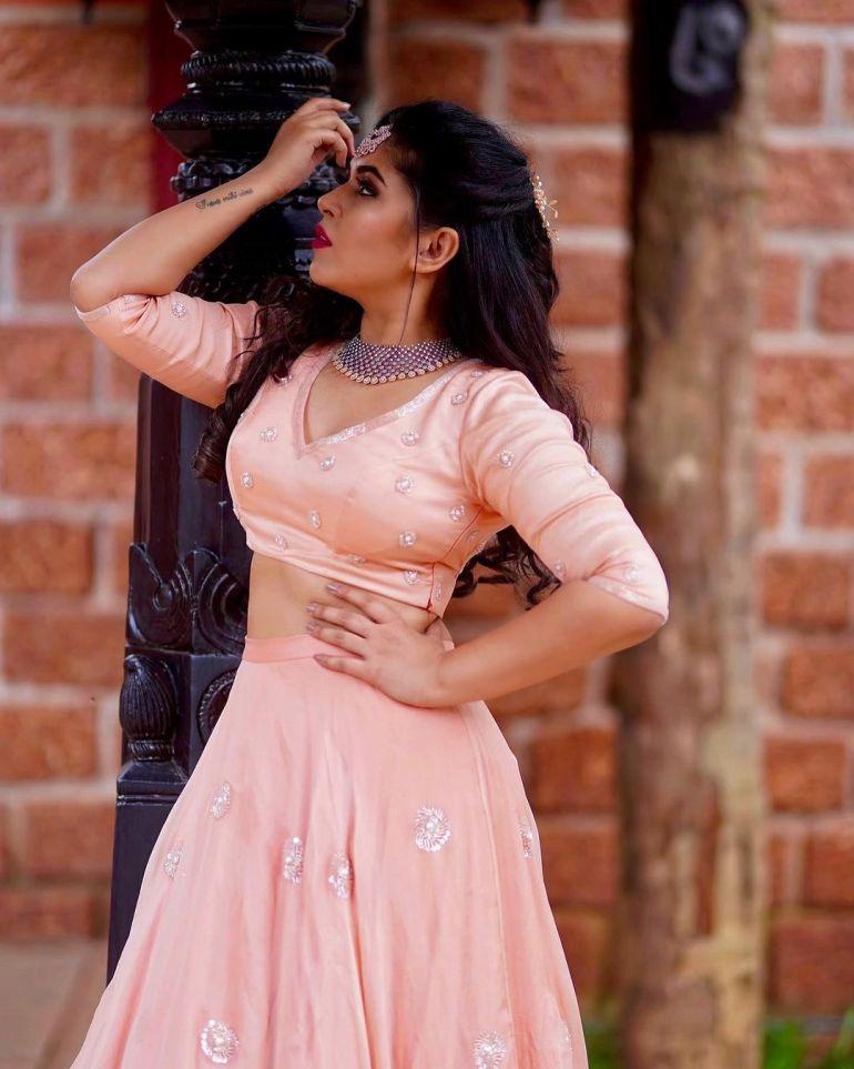 Raksha Somashekhar Wiki, Age, Biography, Movies, and Charming Photos 112
