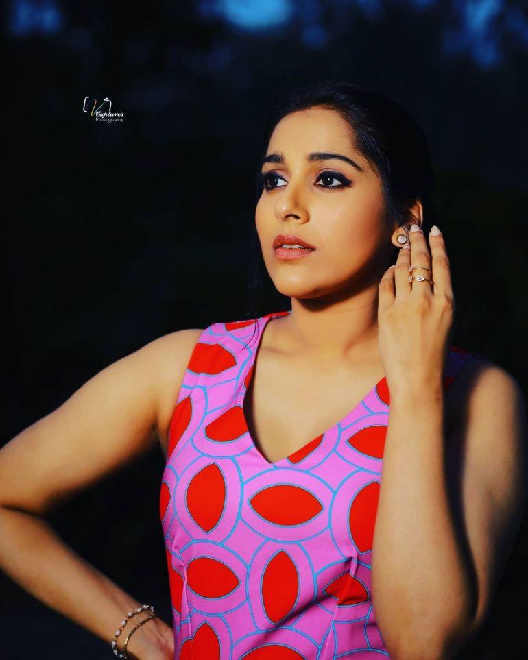 Rashmi Gautam Wiki, Age, Biography, Movies, and Gorgeous Photos 114