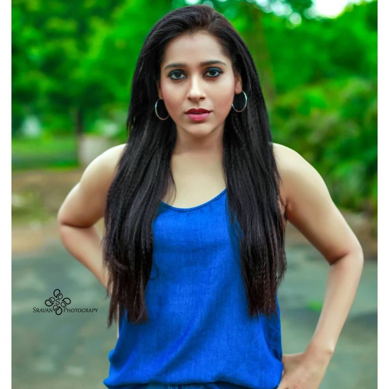 Rashmi Gautam Wiki, Age, Biography, Movies, and Gorgeous Photos 100