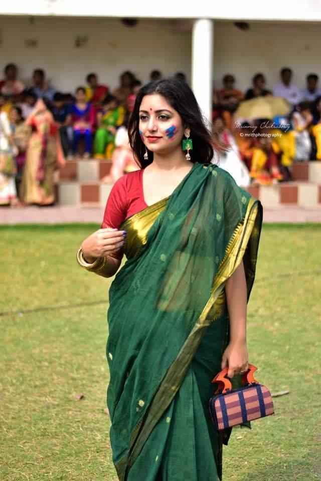Rupsa Saha Chowdhury Wiki, Age, Biography, Movies, and Glamorous Photos 107