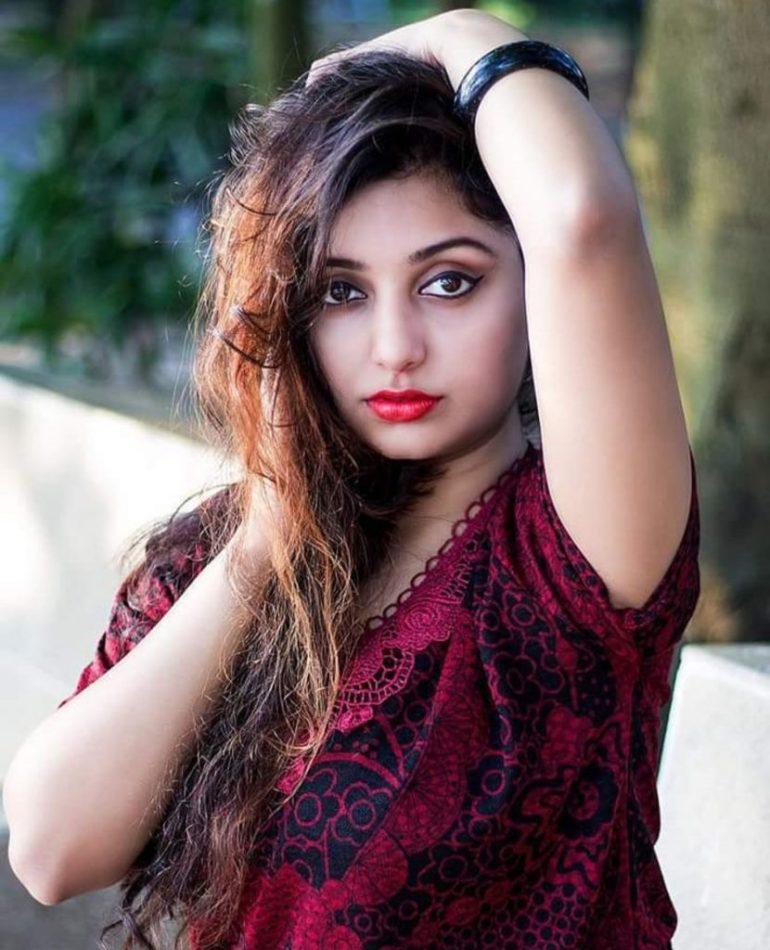Rupsa Saha Chowdhury Wiki, Age, Biography, Movies, and Glamorous Photos 134