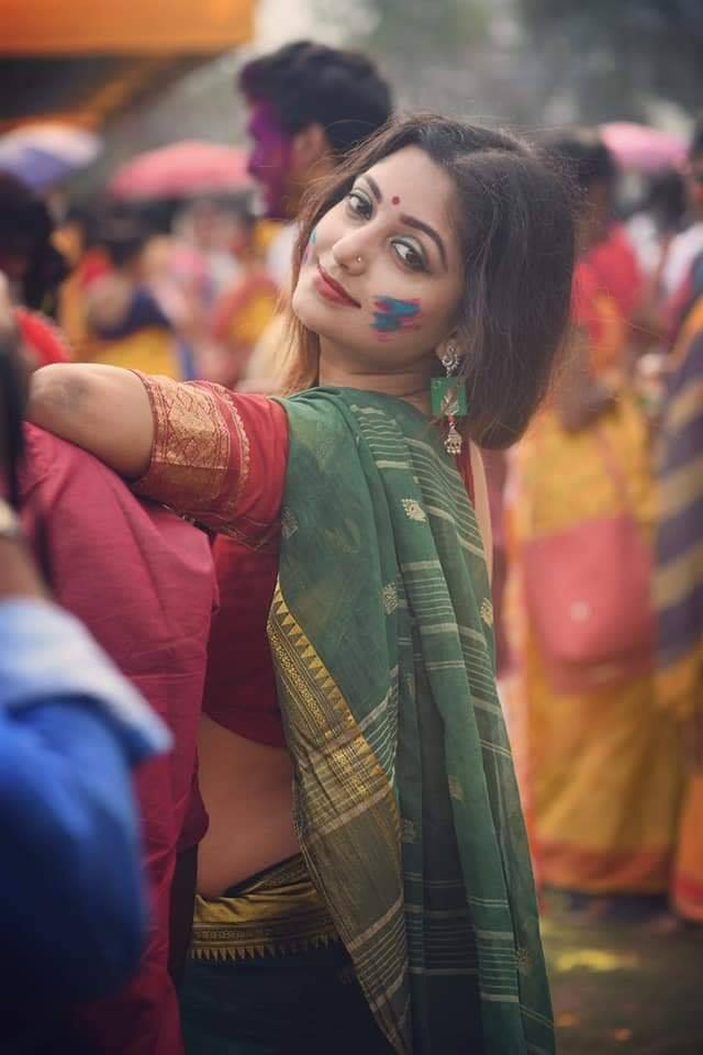 Rupsa Saha Chowdhury Wiki, Age, Biography, Movies, and Glamorous Photos 110