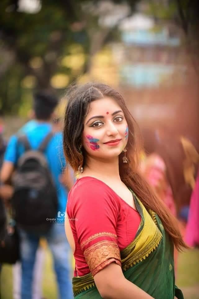Rupsa Saha Chowdhury Wiki, Age, Biography, Movies, and Glamorous Photos 115