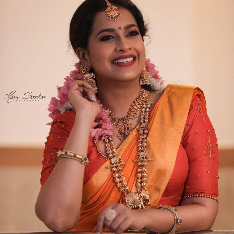 Sadhika Venugopal Wiki, Age, Biography, Movies, and Beautiful Photos 126