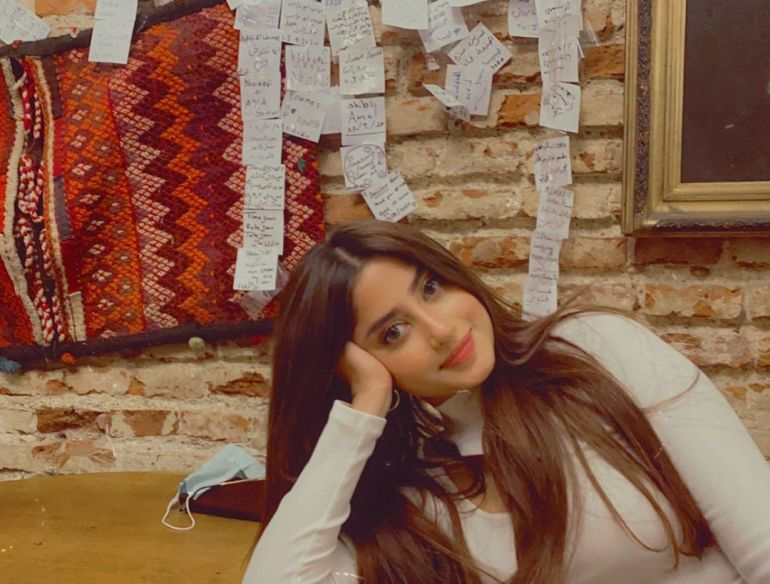 Sajal Aly Wiki, Age, Biography, Movies, and Beautiful Photos 120