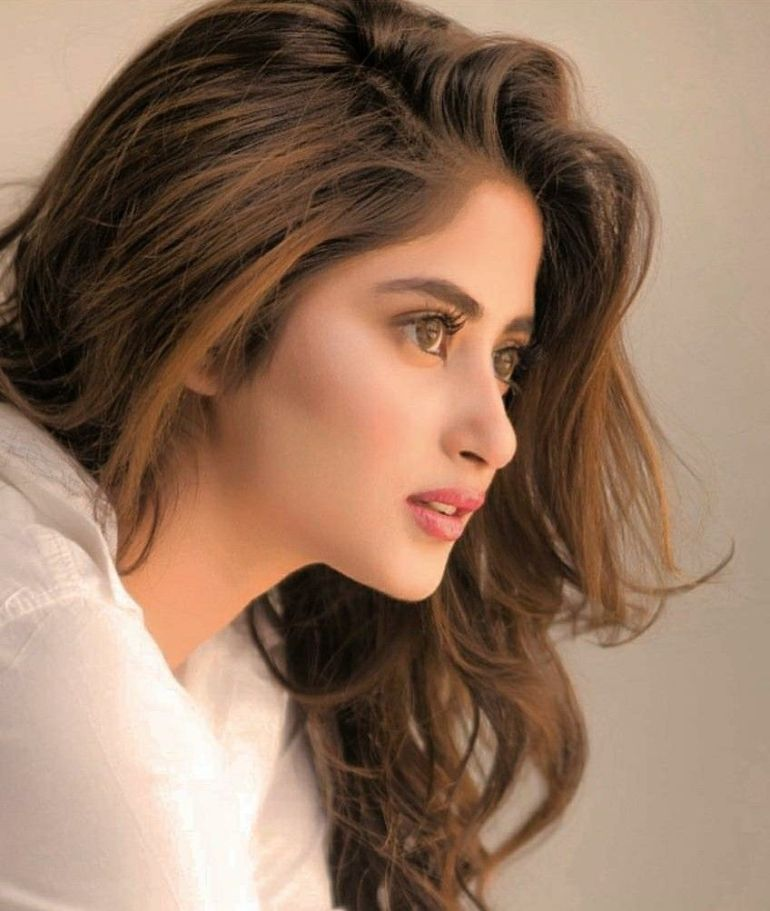 Sajal Aly Wiki, Age, Biography, Movies, and Beautiful Photos 126