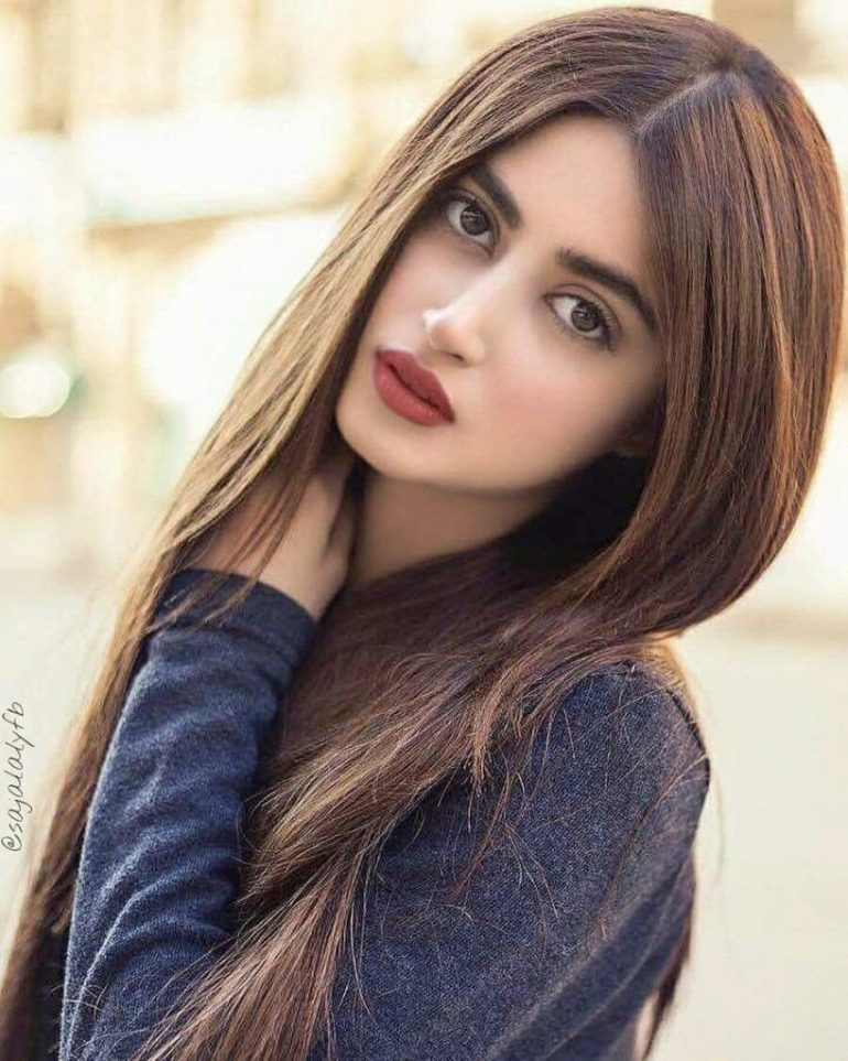 Sajal Aly Wiki, Age, Biography, Movies, and Beautiful Photos 128