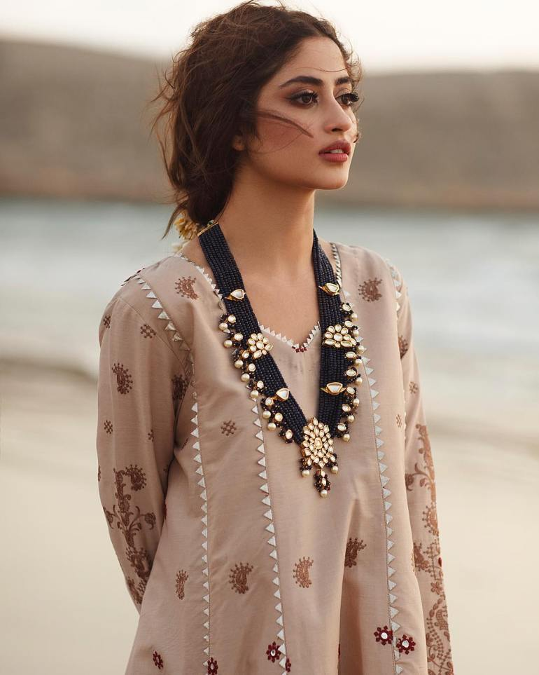 Sajal Aly Wiki, Age, Biography, Movies, and Beautiful Photos 111
