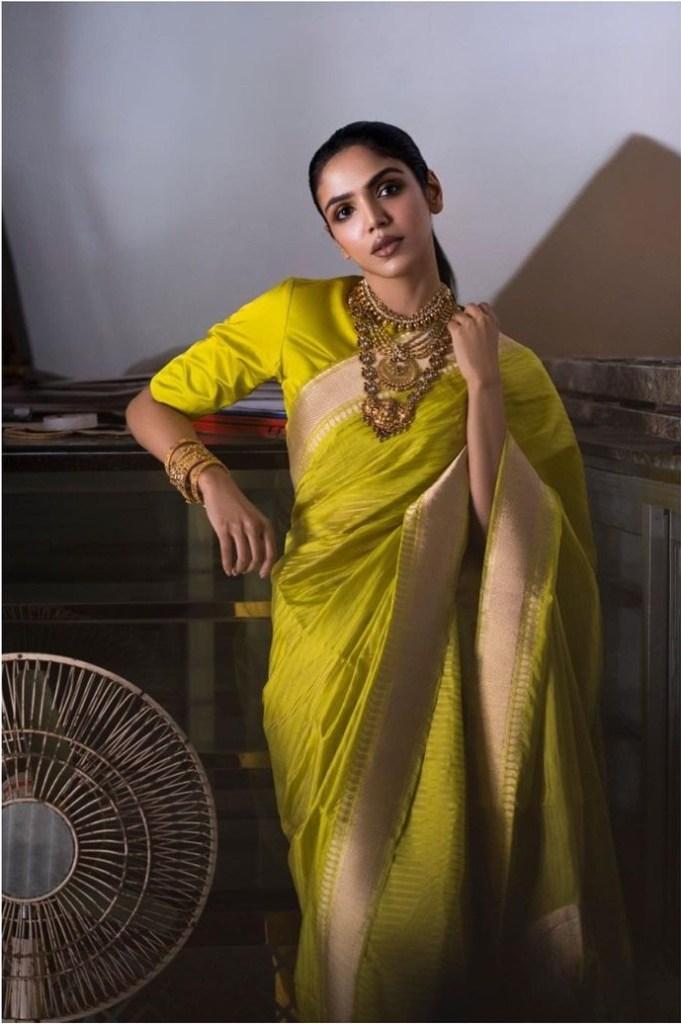 Shriya Pilgaonkar Wiki, Age, Biography, Movies, and Beautiful Photos 120