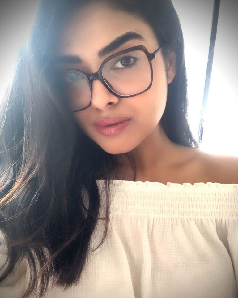 Siddhi Idnani Wiki, Age, Biography, Movies, and Gorgeous Photos 119