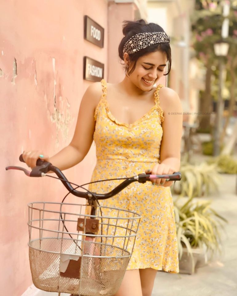 Siddhi Idnani Wiki, Age, Biography, Movies, and Gorgeous Photos 124
