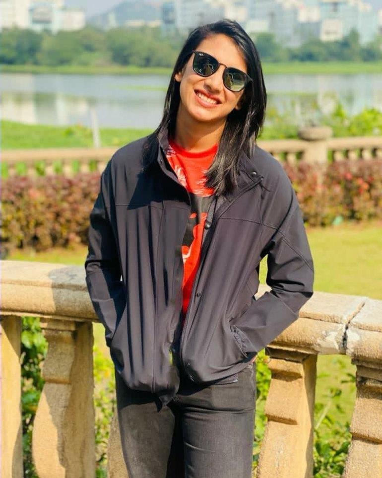 Smriti Mandhana Wiki, Age, Biography, Family, Career, and Beautiful Photos 118
