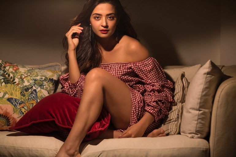 Surveen Chawla Wiki, Age, Biography, Movies, and Stunning Photos 121