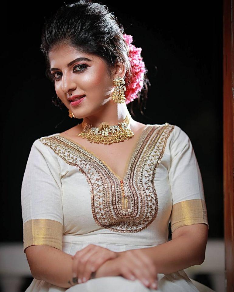 Aswathy S Nair Wiki, Biography, Serials, and Beautiful Photos 107