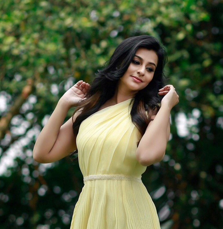 Gaadha Wiki, Age, Biography, Movies, and Gorgeous Photos 115
