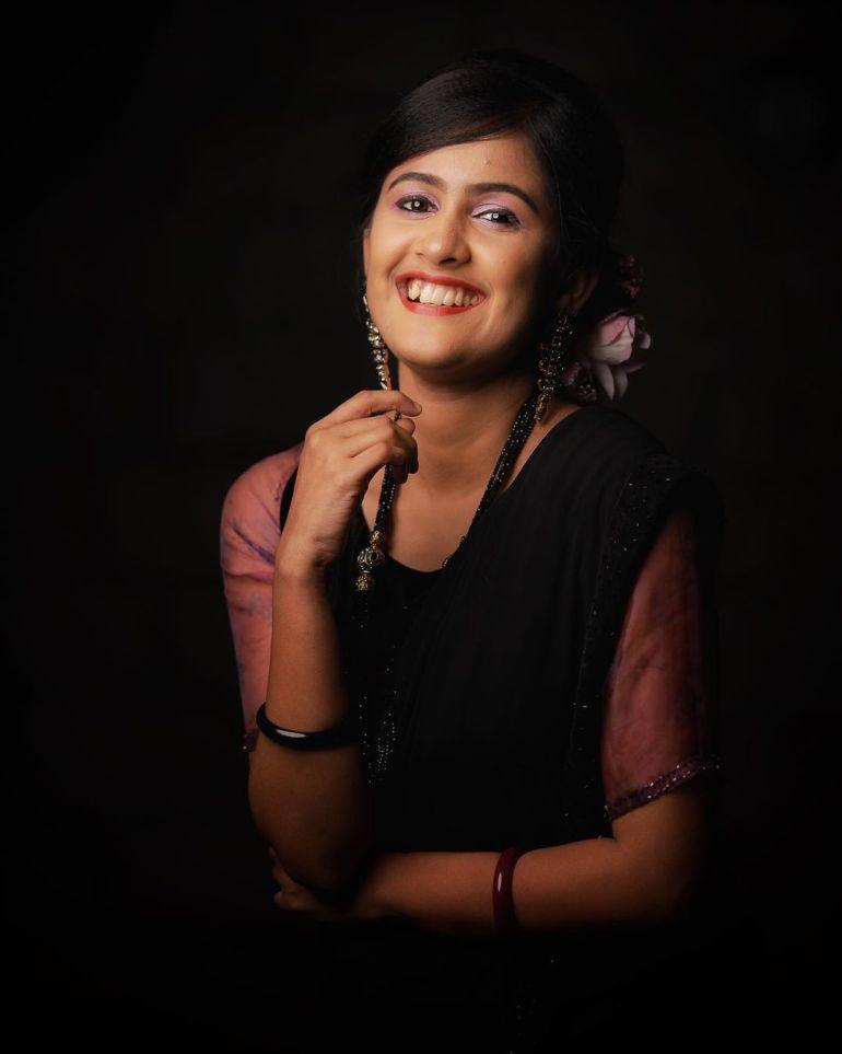 Hima Sumith Wiki/Biography, Age, Husband, TV Shows, and Beautiful Photos 118