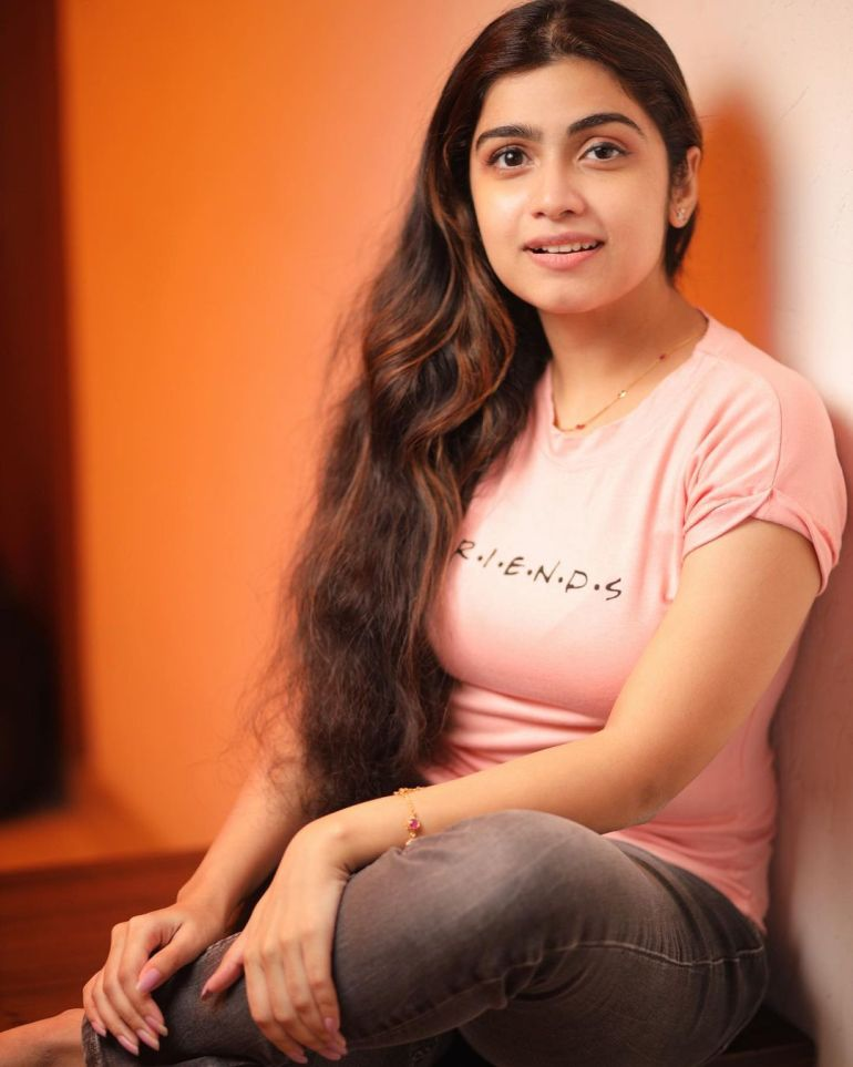 Manasa Radhakrishnan Wiki, Age, Biography, Movies, and Beautiful Photos 110