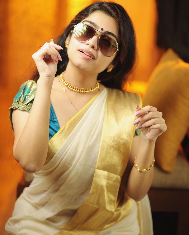 Manasa Radhakrishnan Wiki, Age, Biography, Movies, and Beautiful Photos 113