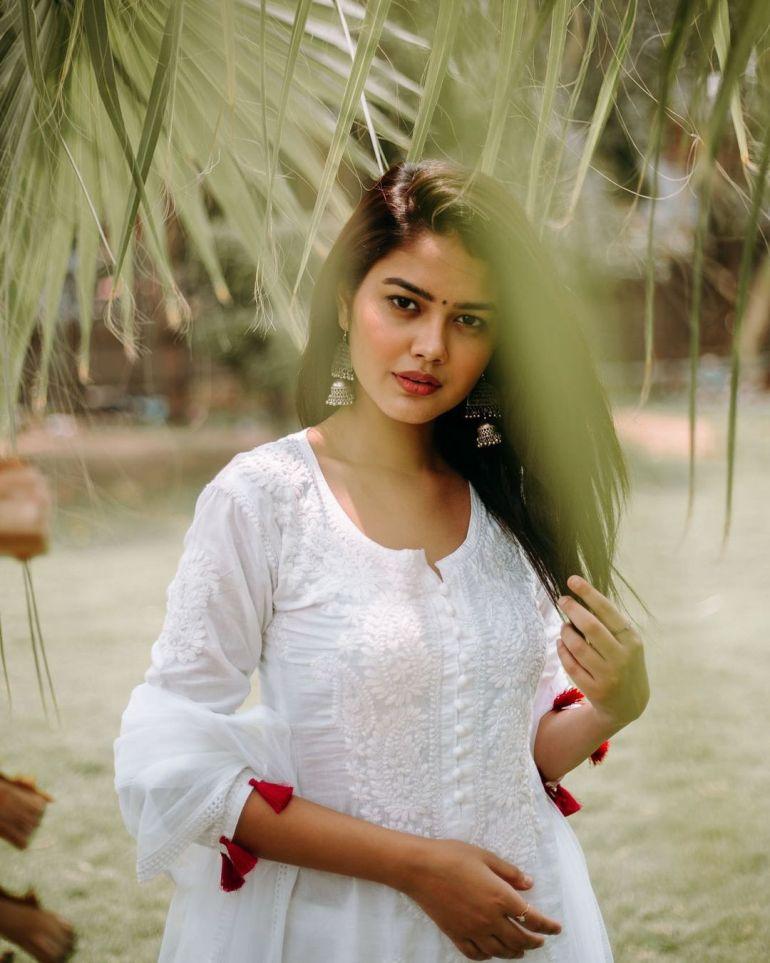 Priyal Mahajan Wiki, Age, Bio, Movies, and 21+ Beautiful Photos 109