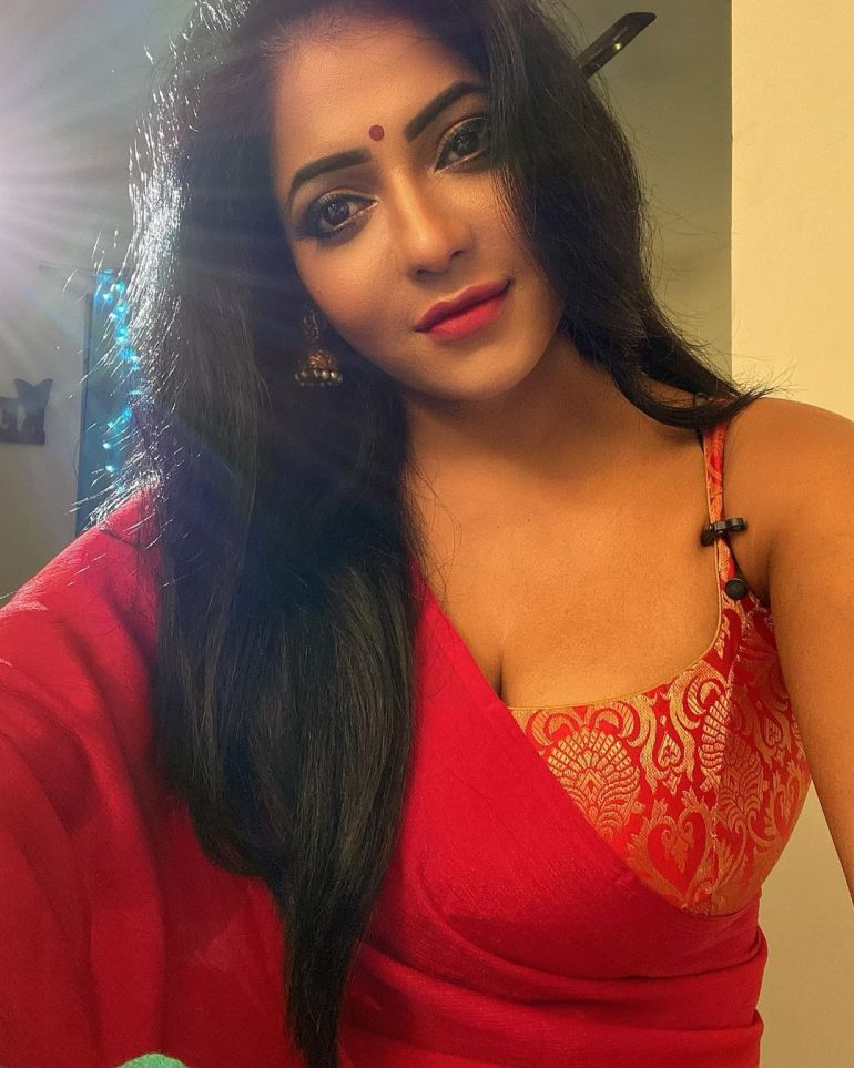 Reshma Pasupuleti Wiki, Age, Biography, Movies, and Glamorous Photos 104