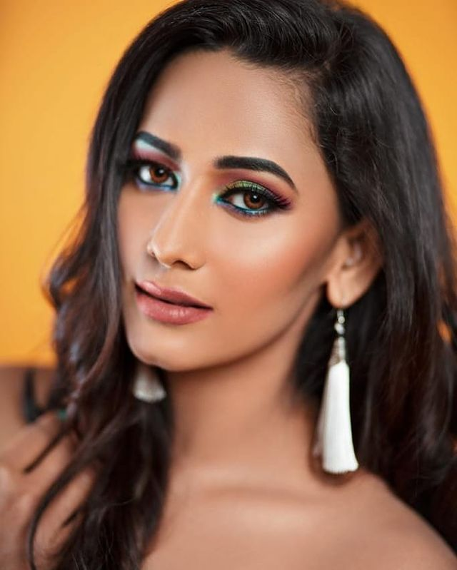Sanjana Singh Wiki, Age, Biography, Movies, and Beautiful Photos 105