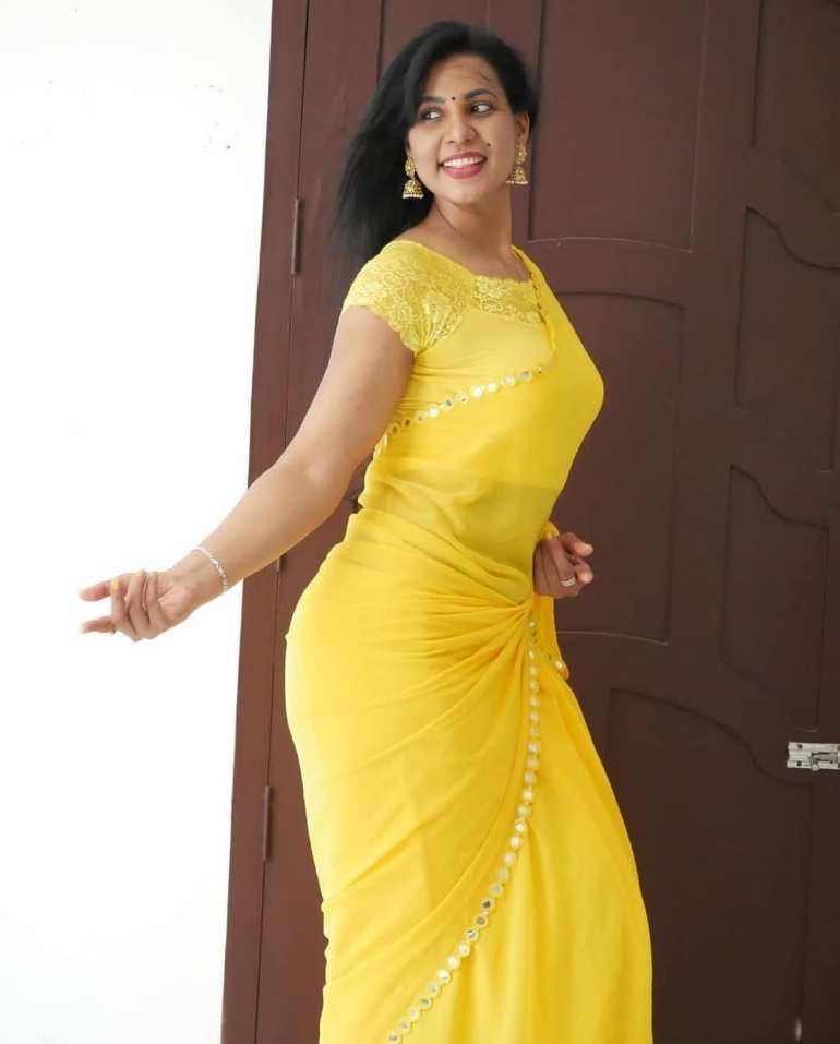 Shanaya Shaanu (Shanaya Shanu) Wiki, Age, Biography, Movies, and Gorgeous Photos 125