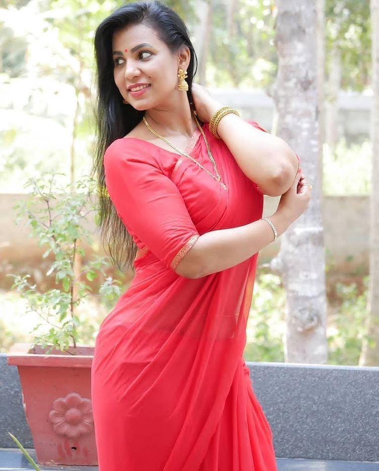 Shanaya Shaanu (Shanaya Shanu) Wiki, Age, Biography, Movies, and Gorgeous Photos 111