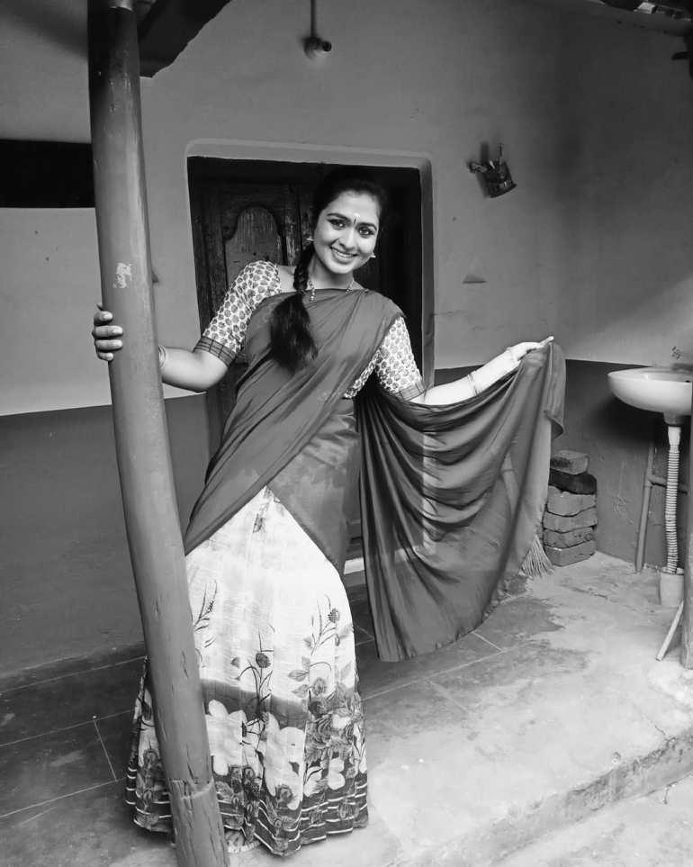Shilpa Martin Wiki, Biography, Age, Serial, and Beautiful Photos 120