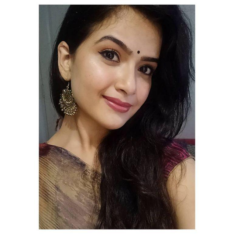 Siri Prahlad Wiki, Age, Biography, Movies, and Gorgeous Photos 118