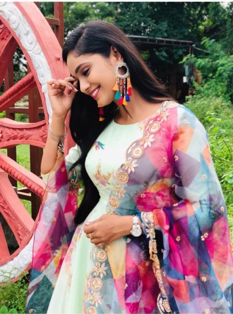 Tejaswini Gowda Wiki, Biography, Age, Boyfriend, Serial, and Beautiful Photos 120